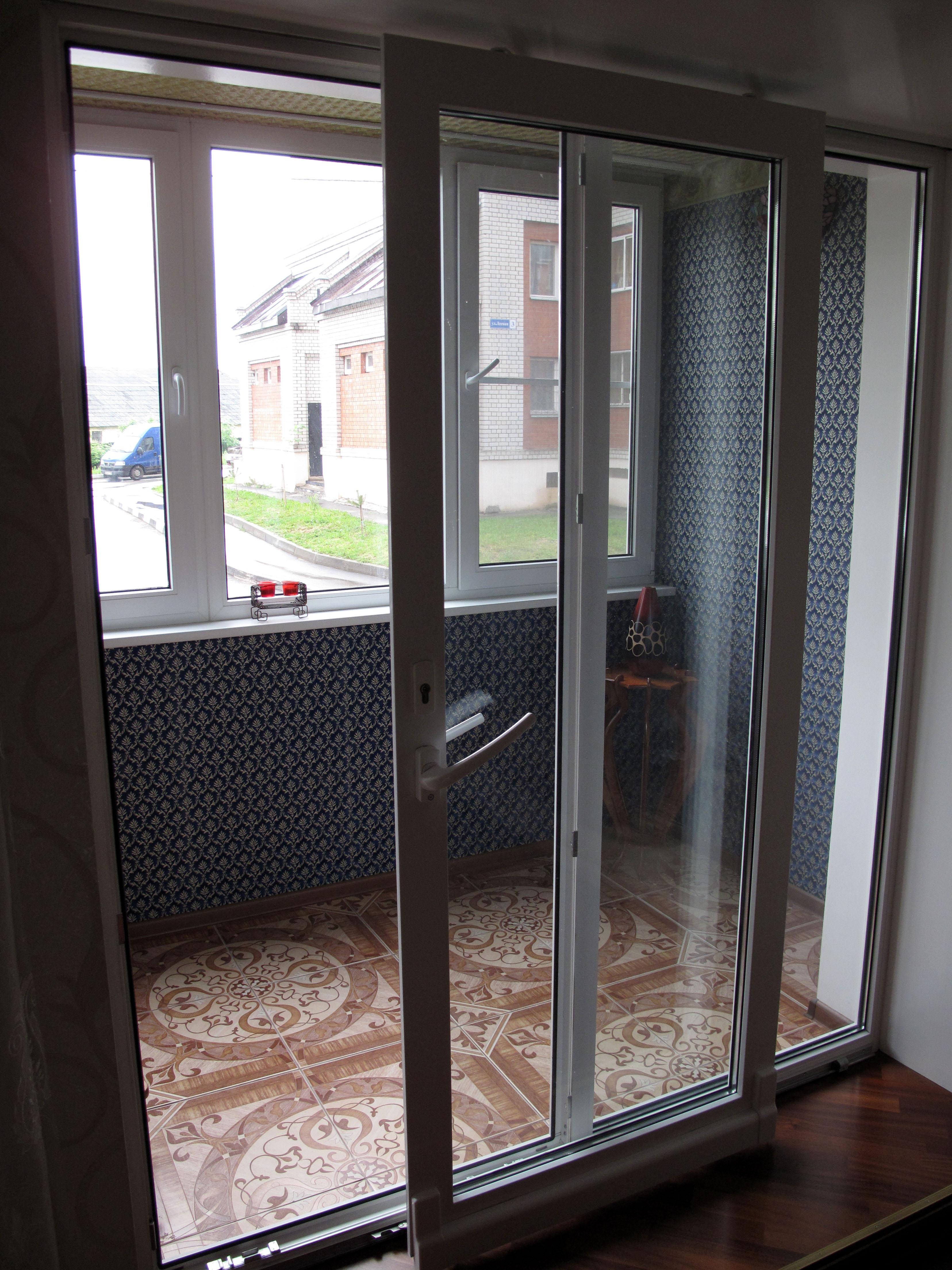 Раздвижные двери на балкон / установка пластиковых дверей в .